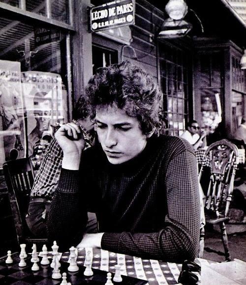Bob Dylan przy szachach